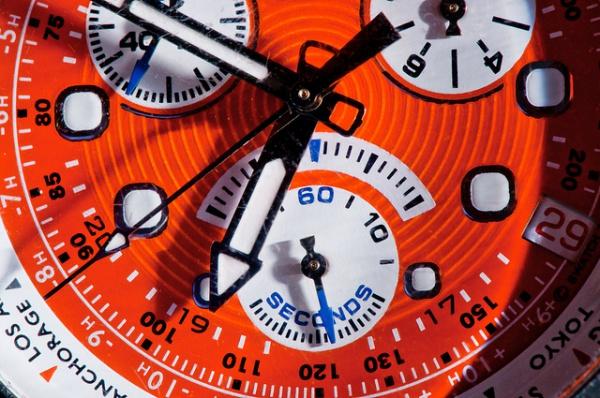 Стильные наручные часы Одри Хепберн