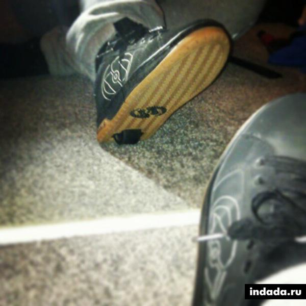 Роликовые кроссовки Хилис